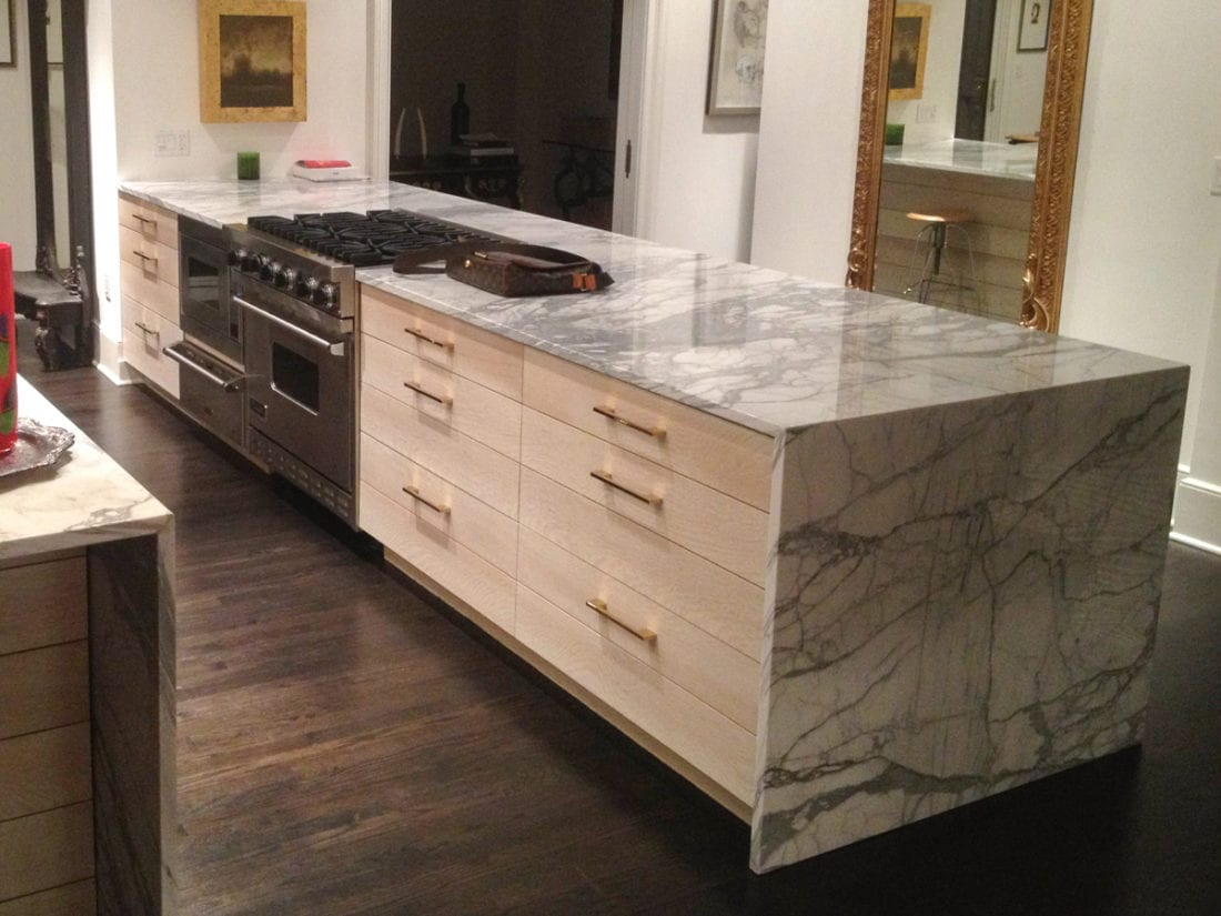 Marble Counters On White Kitchen Cabinets With Gold Accents Mdm