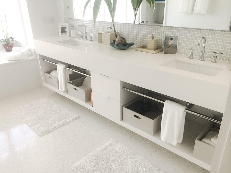White Double Vanity with Built-in towel rack